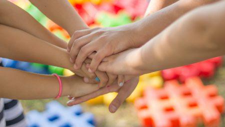 Rechtliche Rahmenbedingungen in Regenbogenfamilien